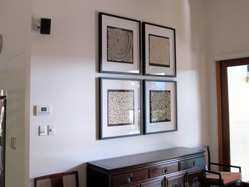 Picture hanging service for interior designers